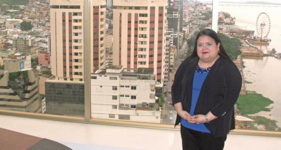 Dra. Teresa Nuques Martínez